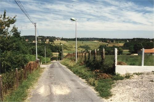 Le chemin de Jacquou, au fond les prairies entre Majoulet et Penlèbre.jpg