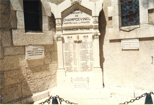 Le Monument aux morts.jpg