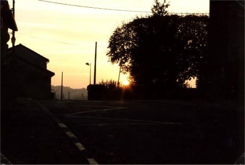 Lever du soleil place de l'abbé Boisseuil.jpg
